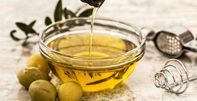 Aceite de oliva , pilar principal de la dieta mediterránea